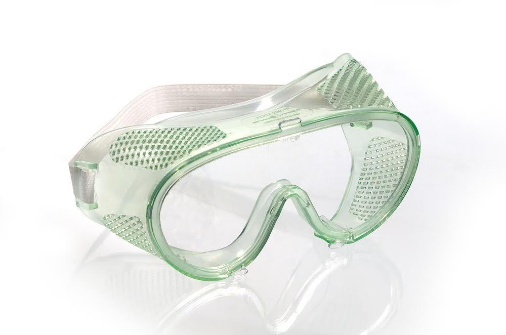 Очки закрытые с прямой вентиляцией от твердых и жидких выбросов, от механических повреждений и пыли